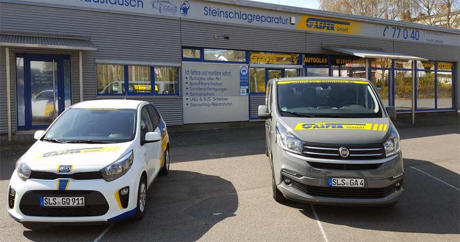 Leihwagen und Servicefahrzeug